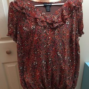 Short sleeve light weight blouse